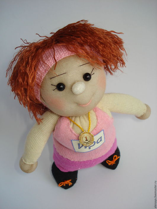 Человечки ручной работы. Ярмарка Мастеров - ручная работа. Купить Спортсменка. Сувенирная кукла из носка. Handmade. Бежевый, медаль, кукла