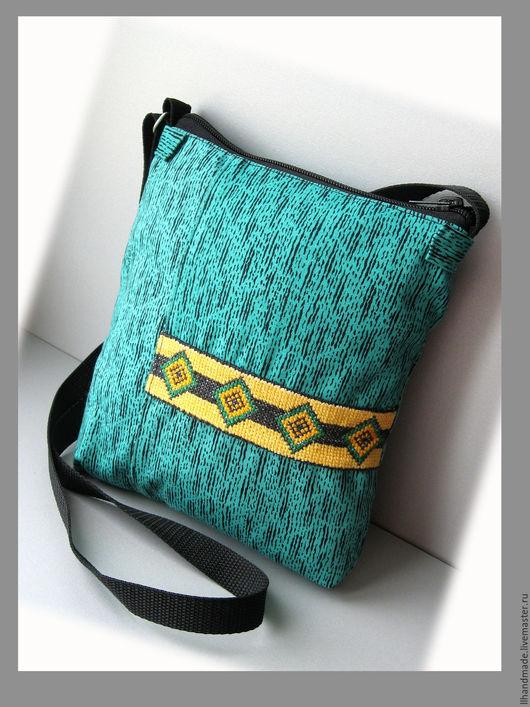 Женские сумки ручной работы. Ярмарка Мастеров - ручная работа. Купить Сумка с длинной ручкой из непромокаемой ткани. Handmade. Зеленый