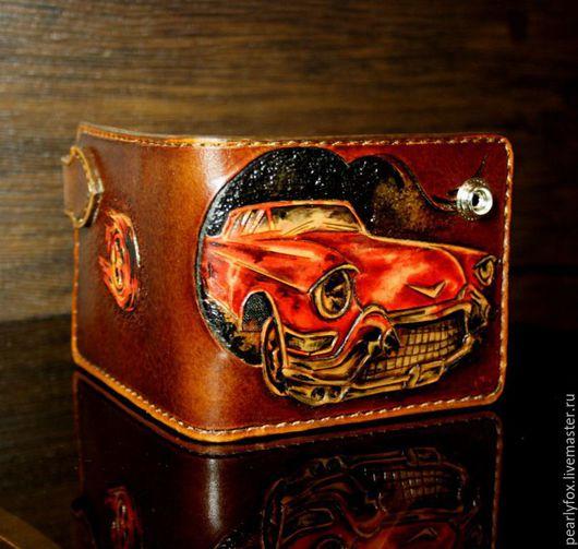 Кошельки и визитницы ручной работы. Ярмарка Мастеров - ручная работа. Купить Мужское кожаное портмоне ручной работы красный Cadillac. Handmade.