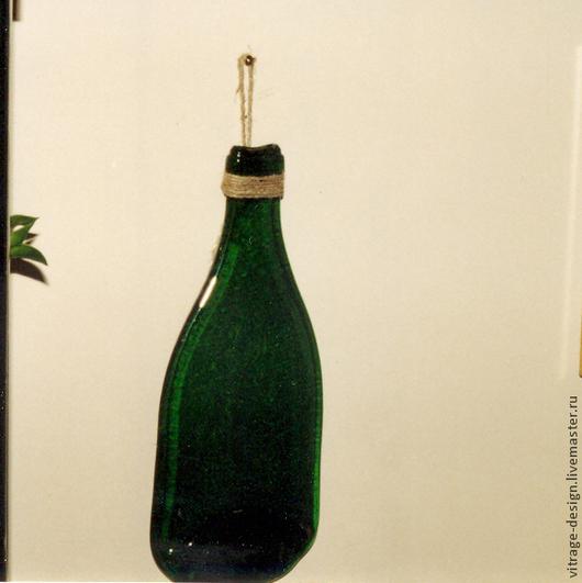 """Серия `Пьяные бутылки` . Бутылки получаются """"пьяными"""" в результате высокотемпературного плавления. Можно использовать как самостоятельный декоративный предмет интерьера и в качестве пепельниц, подсвечников, ваз"""