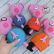 Куклы и игрушки ручной работы. Ярмарка Мастеров - ручная работа Свинка Пеппа и ее семья. Handmade.