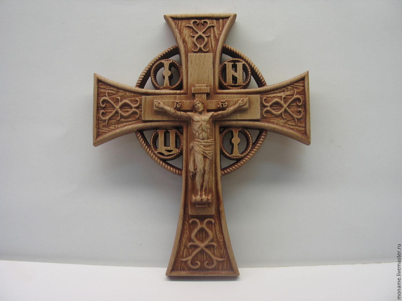 Крест с распятием памятник в москве 15 век