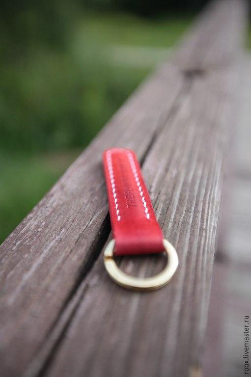 Кошельки и визитницы ручной работы. Ярмарка Мастеров - ручная работа. Купить Брелок для ключей из кожи Horween. Handmade. Ключ, брелок