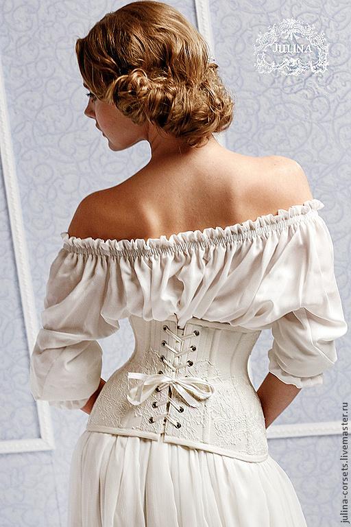 Фото нимфы в белом платье 23 фотография
