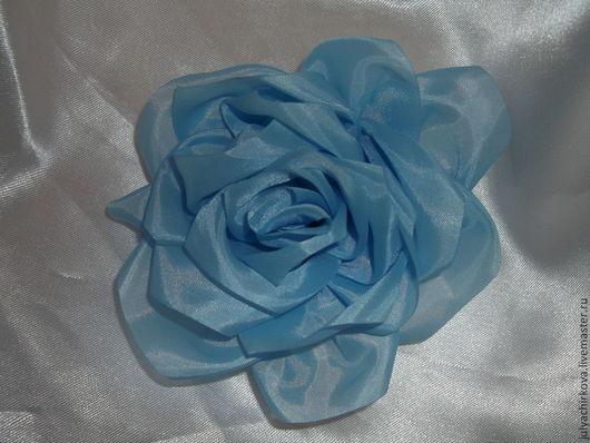 Броши ручной работы. Ярмарка Мастеров - ручная работа. Купить Голубая роза. Handmade. Голубой, брошь из ткани