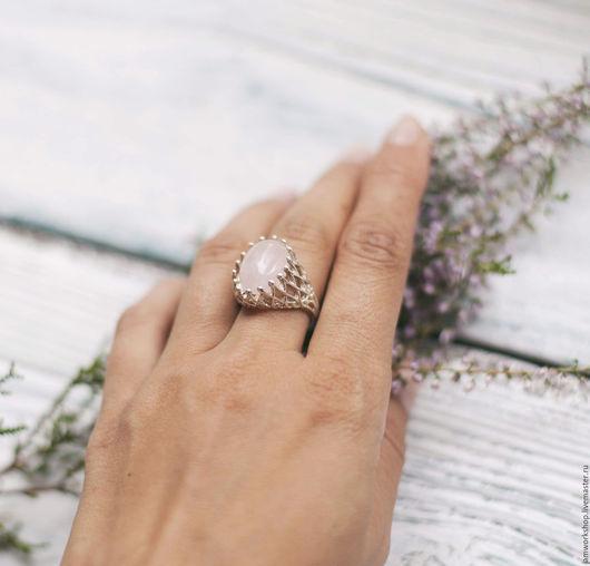 Кольца ручной работы. Ярмарка Мастеров - ручная работа. Купить Серебряное кольцо с розовым кварцем - 16х12 мм. Handmade.