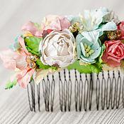"""Свадебный салон ручной работы. Ярмарка Мастеров - ручная работа гребень """"Далекие остров"""" кораллово-мятная цветочная заколка невесты. Handmade."""