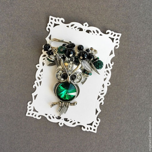 """Броши ручной работы. Ярмарка Мастеров - ручная работа. Купить Брошь булавка """"Сова"""" из натуральных камней. Черный, зеленый. Handmade."""