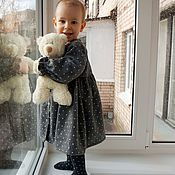 Платья ручной работы. Ярмарка Мастеров - ручная работа Тепленькое платье серое в горошек и стрекоза. Handmade.