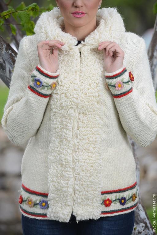 Верхняя одежда ручной работы. Ярмарка Мастеров - ручная работа. Купить Вязаная куртка 14WJ18. Handmade. Белый, теплая куртка