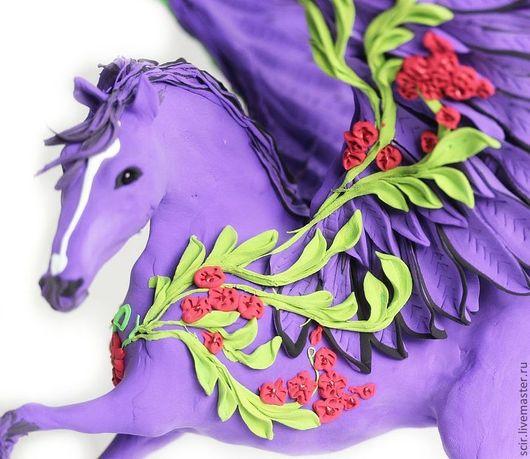 """Статуэтки ручной работы. Ярмарка Мастеров - ручная работа. Купить фигурка большая """"Фиолетовый пегас"""" (лошадь статуэтка фиолетовая). Handmade."""