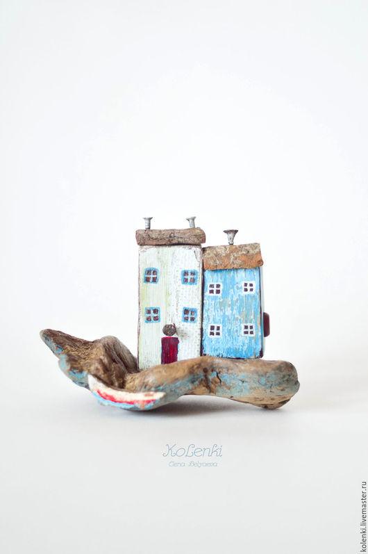 Статуэтки ручной работы. Ярмарка Мастеров - ручная работа. Купить Домики на берегу driftwood. Handmade. Голубой, driftwood, домики на берегу