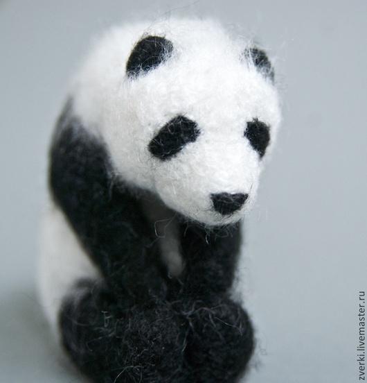 """Игрушки животные, ручной работы. Ярмарка Мастеров - ручная работа. Купить Фигурка духа-помощника """"Панда"""". Handmade. Чёрно-белый"""