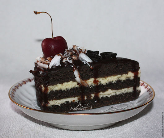 Мыльный кусочек торта. Подарок сладкоежке. Edenicsoap.
