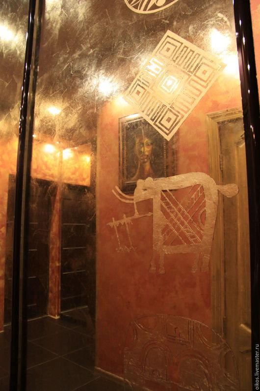 Декор поверхностей ручной работы. Ярмарка Мастеров - ручная работа. Купить Декор дверей шкафа-купе состаренными орнаментальными зеркалами этно. Handmade.