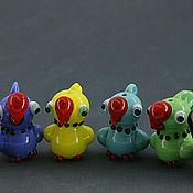 Куклы и игрушки ручной работы. Ярмарка Мастеров - ручная работа Сувенир,бусина попугай стекло, лэмпворк. Handmade.