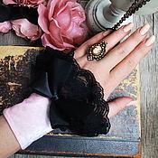 Аксессуары ручной работы. Ярмарка Мастеров - ручная работа Бархатные манжеты ,пастельно- розовые. Handmade.