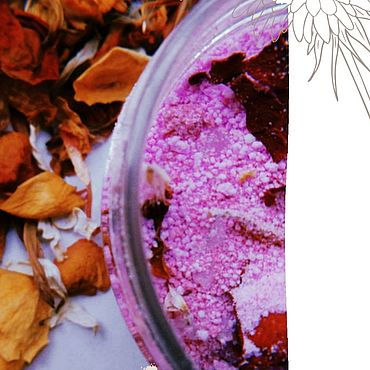Косметика ручной работы. Ярмарка Мастеров - ручная работа Шипучая соль для ванн с сухоцветами. Handmade.