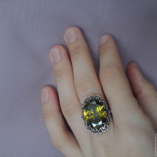 """Кольца ручной работы. Ярмарка Мастеров - ручная работа. Купить кольцо """"Королек"""" серебро 925. Handmade. Оливковый, кольцо серебро"""