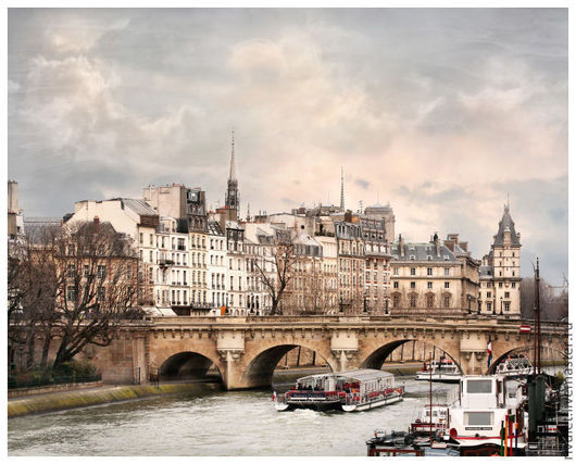 Фото картина для интерьера Париж ` Вдоль реки с облаками `. Сена. Вид на Мост Нёф и Набережную Орфевр. Париж (Paris, Pont-Neuf) - Елена Ануфриева