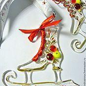 """Подарки к праздникам ручной работы. Ярмарка Мастеров - ручная работа """"Каток,коньки и Рождество!!!!!!"""" стекло,подвеска на ёлку,фьюзинг. Handmade."""
