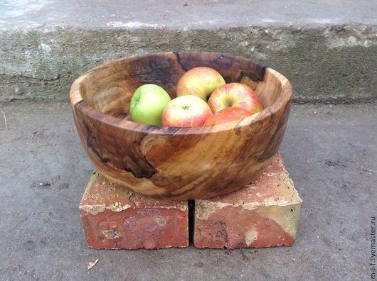 Тарелки ручной работы. Ярмарка Мастеров - ручная работа. Купить Большая миска - блюдо из грецкого ореха.(26:10). Handmade. Миска