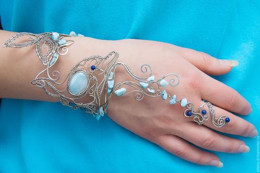 """Браслеты ручной работы. Ярмарка Мастеров - ручная работа. Купить Слейв-браслет """"По лазурным волнам"""". Handmade. Голубой, синий"""