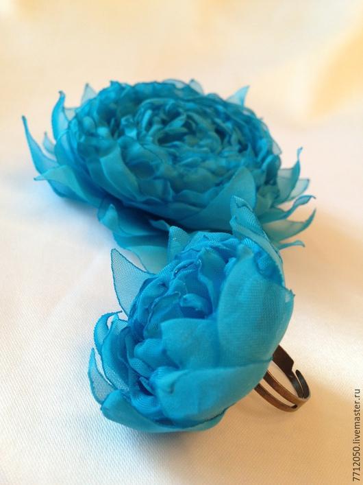 цветы из ткани бирюзовая брошь бирюзовое кольцо подарок девушке комплект украшений из бирюзового шифона роза бирюзовая украшения из ткани подарок девушке