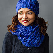 """Аксессуары ручной работы. Ярмарка Мастеров - ручная работа """"Сапфир"""", комплект вязаный женский, шарф снуд вязаный и шапка вязаная. Handmade."""