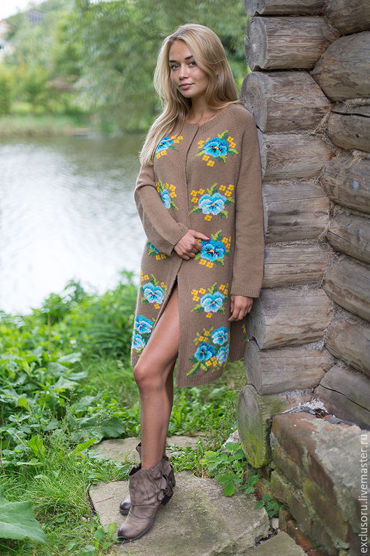 Верхняя одежда ручной работы. Ярмарка Мастеров - ручная работа. Купить Авторское пальто с вышивкой''Flower Fields''. Handmade. Бежевый