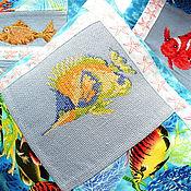 Для дома и интерьера ручной работы. Ярмарка Мастеров - ручная работа Тропические рыбки, декоративные наволочки, вышивка крестом, синий. Handmade.
