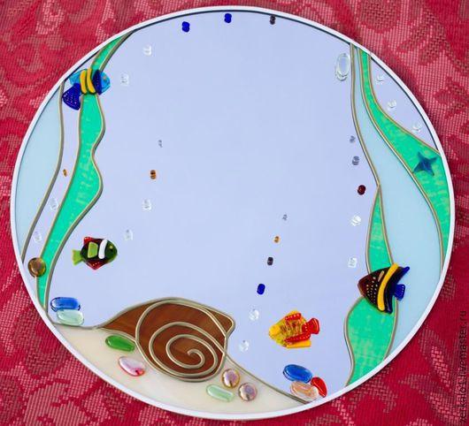 """Зеркала ручной работы. Ярмарка Мастеров - ручная работа. Купить Зеркало с фьюзингом """"Рыбки"""". Handmade. Комбинированный, витраж море, фьюзинг"""