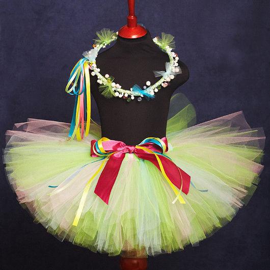 """Карнавальные костюмы ручной работы. Ярмарка Мастеров - ручная работа. Купить """"Нежно-зеленый"""" комплект юбка-пачка и веночек на голову. Handmade."""