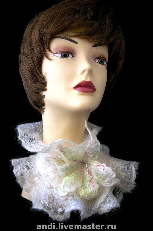 """Шали, палантины ручной работы. Ярмарка Мастеров - ручная работа. Купить Горжетка """"Лилия"""". Handmade. Валяный шарфик, валяный цветок"""