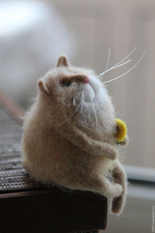 Игрушки животные, ручной работы. Ярмарка Мастеров - ручная работа. Купить Котик Лева. Handmade. Кот, сувениры и подарки