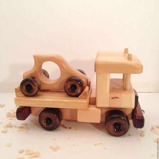 Техника ручной работы. Ярмарка Мастеров - ручная работа. Купить Машинка эвакуатор. Handmade. Детская игрушка, подарок мальчику, грузовик