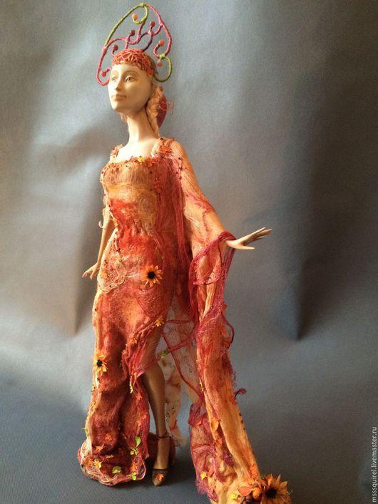 Платье `Листопад` с рукавом `Рог изобилия`