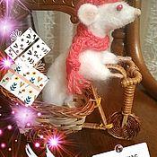 Игрушки ручной работы. Ярмарка Мастеров - ручная работа Символ 2020 года крыса вареная ручная работа Привет из Парижа. Handmade.