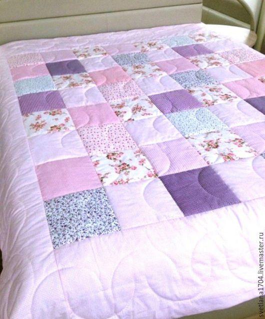 Купить одеяло в стиле Прованс, купить двуспальное лоскутное одеяло, заказать , лоскутный плед, покрывало, нежных оттенков, нежно-розовое, розово-фиолетовое, купить одеяло, лоскутное шитьё, на заказ
