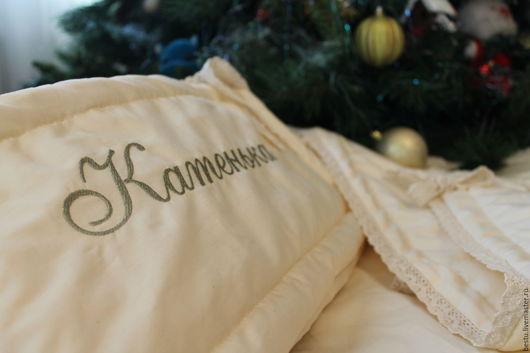 Текстиль, ковры ручной работы. Ярмарка Мастеров - ручная работа. Купить Именные бортики в кроватку для прекрасной Катеньки. Handmade. Бежевый
