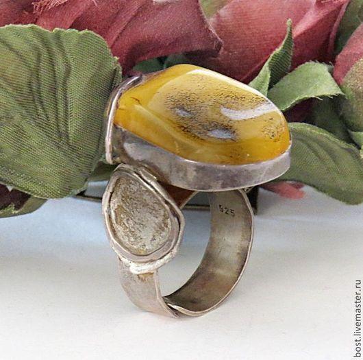 Кольца ручной работы. Ярмарка Мастеров - ручная работа. Купить Серебряное кольцо с янтарем винтаж.. Handmade. Украшение