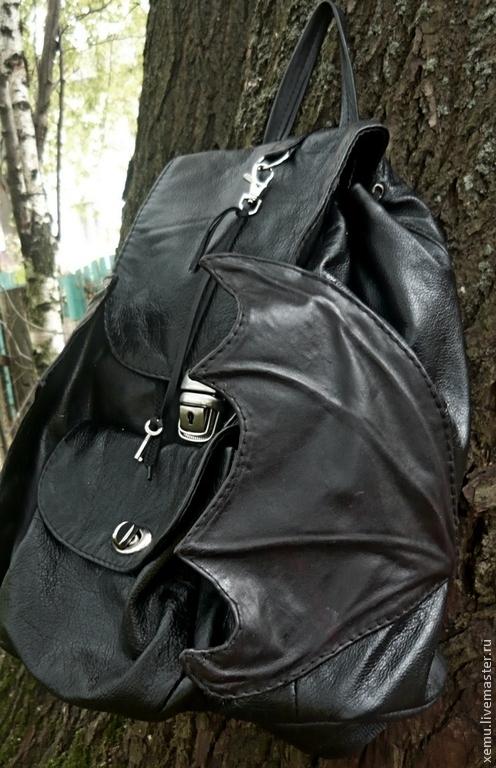 """Рюкзаки ручной работы. Ярмарка Мастеров - ручная работа. Купить """"Время драконов""""- небольшой рюкзачок. Handmade. Черный, рюкзак из кожи"""