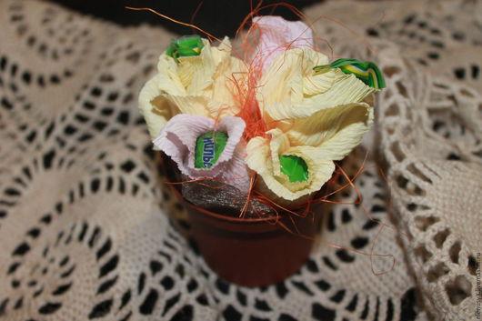 Персональные подарки ручной работы. Ярмарка Мастеров - ручная работа. Купить букет цветов. Handmade. Лимонный, креповая бумага