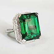"""Серебряное кольцо: зеленый гранат, сапфир """"Предвестник счастья"""""""