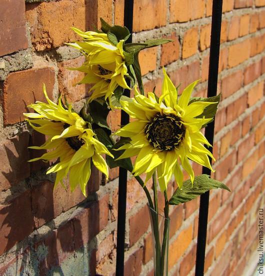 """Цветы ручной работы. Ярмарка Мастеров - ручная работа. Купить """"Подсолнухи"""" Интерьерные цветы шелк. Handmade. Желтый, интерьерный букет"""