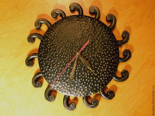Часы для дома ручной работы. Ярмарка Мастеров - ручная работа. Купить Часы кованые Солнце ацтеков. Handmade. Золотой