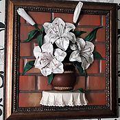 """Картины и панно ручной работы. Ярмарка Мастеров - ручная работа Панно из кожи """"Лилии"""". Handmade."""