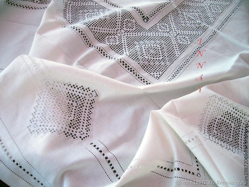 Скатерть большая с вышивкой, белый лён, мережки, строчевая вышивка, Скатерти, Краснодар,  Фото №1