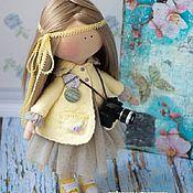 Куклы и игрушки ручной работы. Ярмарка Мастеров - ручная работа Фотограф Текстильная кукла ростом 35 см Стоит/сидит, ручки/ножки подви. Handmade.