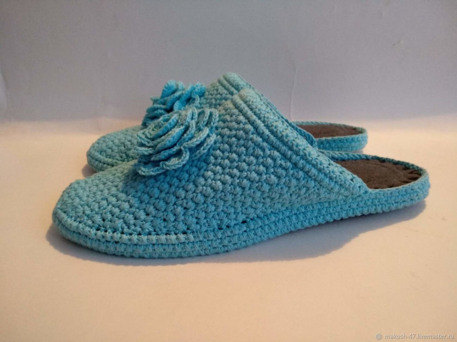 Knitted slippers-flip-flops with a rose ( cotton ), Slippers, Vyazniki,  Фото №1